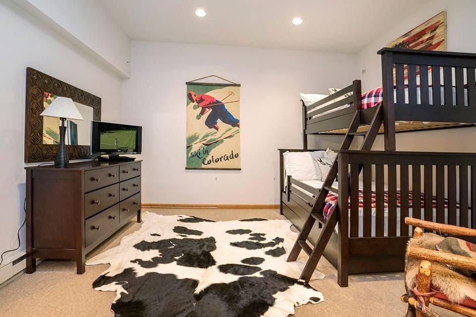 bunk room decor